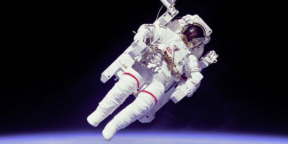 "Astronaut asks UK schoolchildren to ""make the call"""